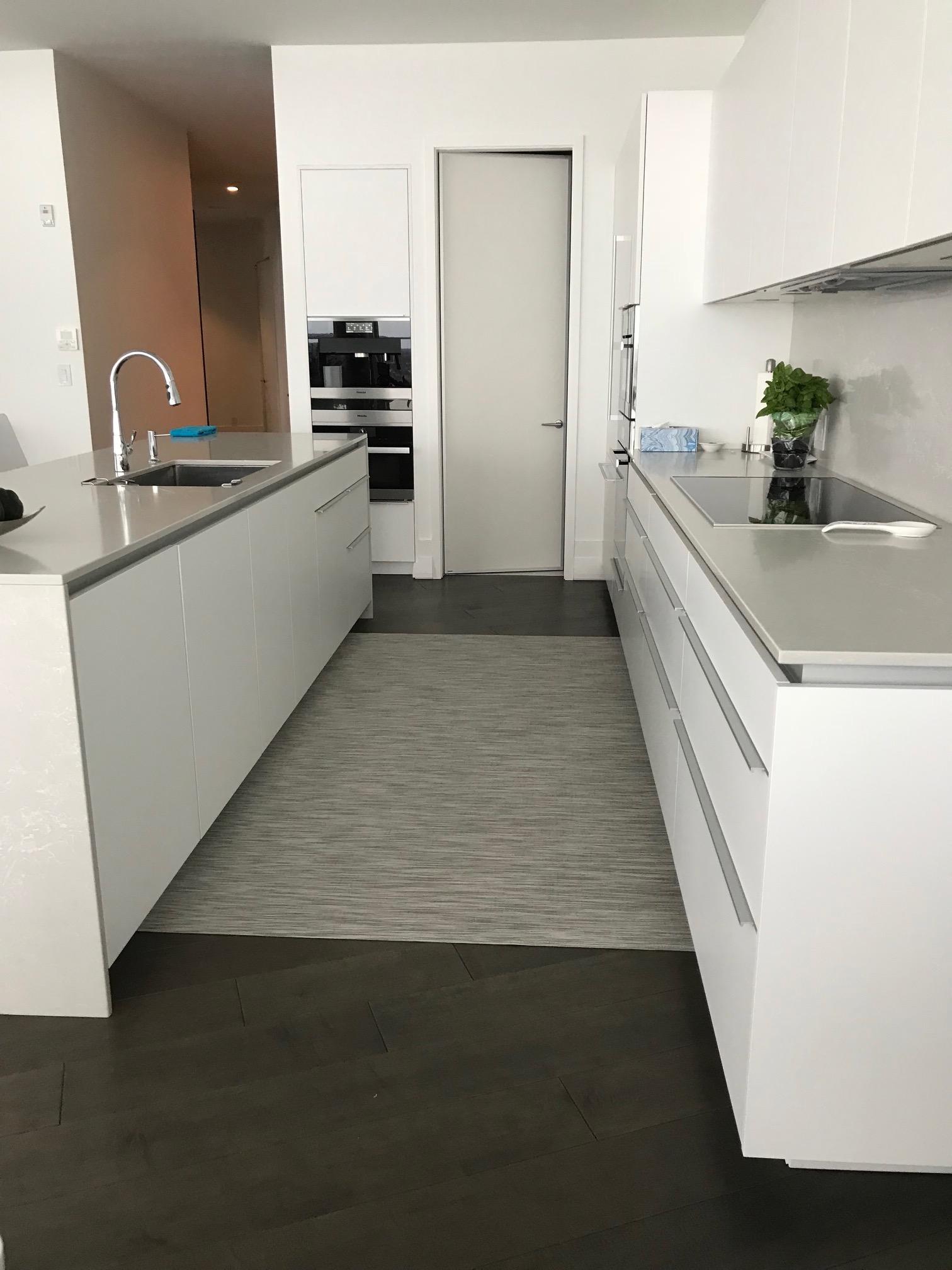ARYA rugs Kitchen_2